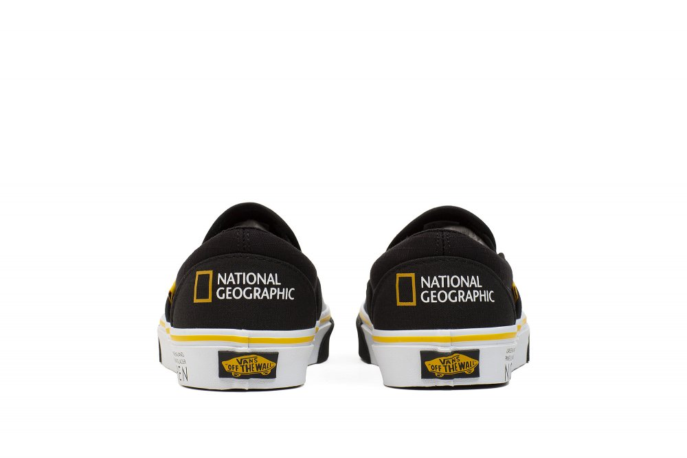 vans x national geographic ua classic slip-on (vn0a4u38wt3)